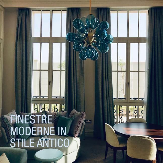 Finestre moderne in stile antico