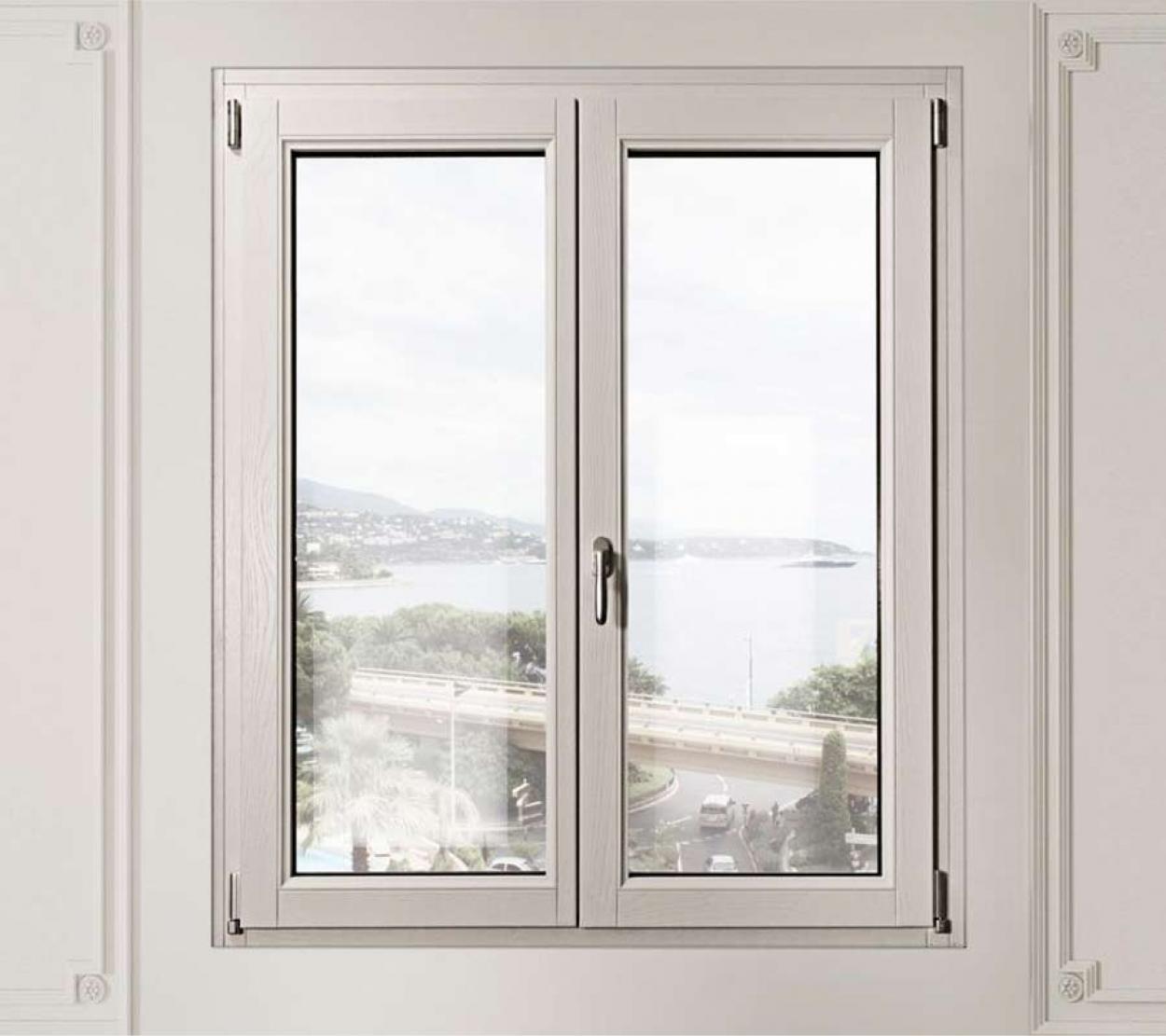 Tecnologia lamellare di alta qualità per finestre e infissi in legno
